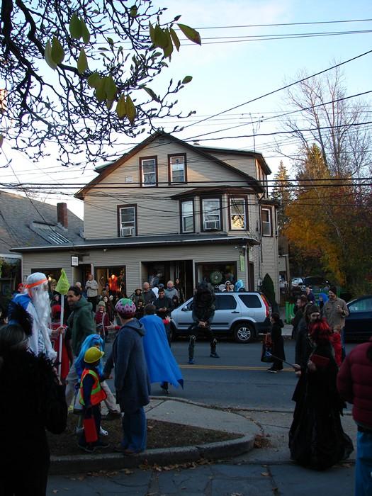 DSC05581WAAM Halloween 2014